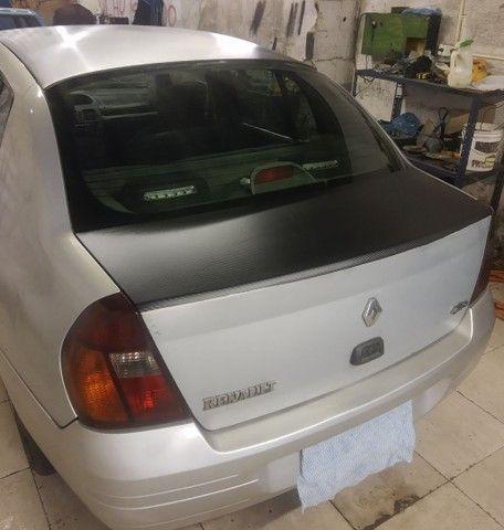 Vende se Renault clio sedan completo ano 2002 1.6 - Foto 2