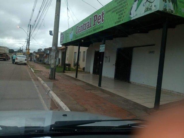 Vendo prédio comercial na Av. Valdomiro Lopes - Foto 2