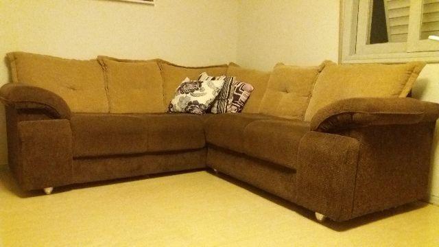 Lindo sofá de canto