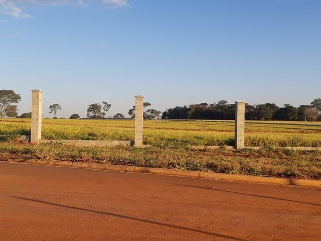 More a 14km do Passeio das Águas com Terrenos apartir de 2000m2 Obras Adiantadas - Foto 5