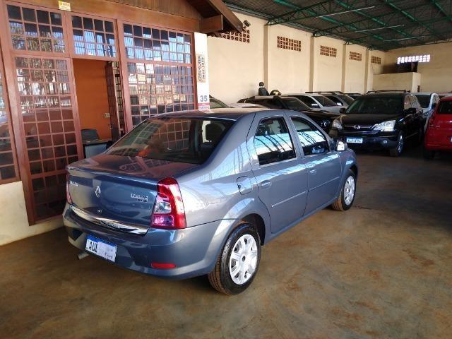 Renault Logan Expression 1.6 8v Flex Completo 2011 - Foto 20