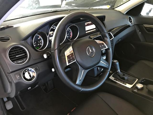 Mercedes Benz C180 Sport Turbo 1.6. Branco 2013/2014 - Foto 13