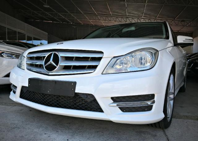 Mercedes Benz C180 Sport Turbo 1.6. Branco 2013/2014 - Foto 2