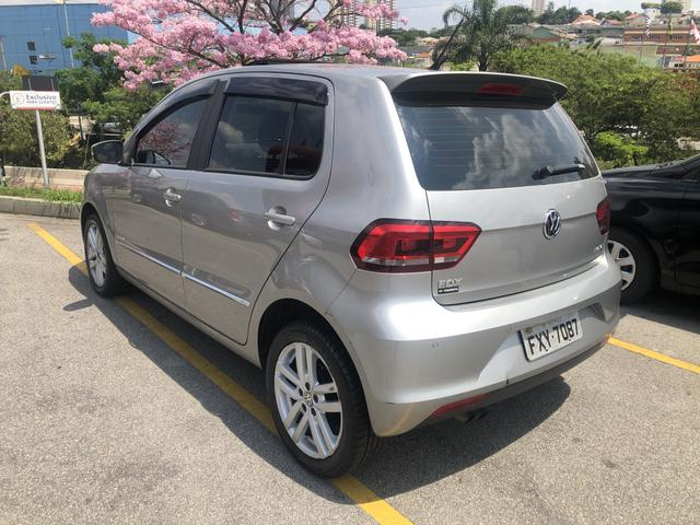 Volkswagen FOX 1.6 HighLine 2016 - Foto 3