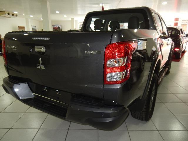 Mitsubishi L200 Triton Sport HPE-S Couro Xenon Conheça o Mit Facil e Desafio Casca Grossa - Foto 7