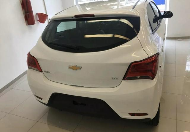 Vendo Chevrolet onix ltz - Foto 2