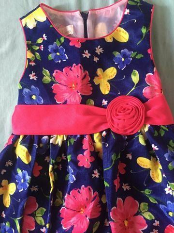 Vendo Lindo Vestido infantil 5 aninhos - Foto 3