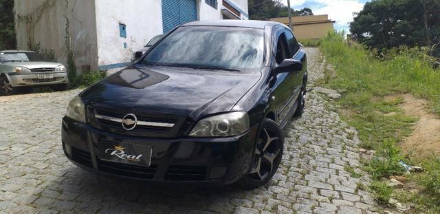 Astra Hatch 2.0 Advantage 2005, Aceito troca e financio