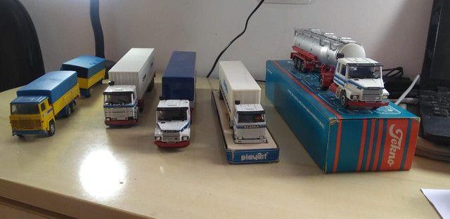 Caminhões miniatura scania