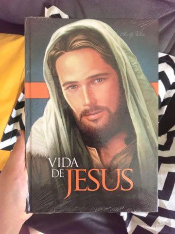 Livro a vida de Jesus - Foto 2