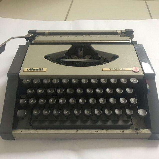 Máquina de datilografia antiga - Foto 6