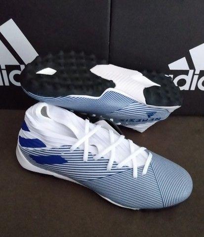 Chuteira Adidas Nemeziz 19.3 TF Tam 38 & 39 (original / nova) - Foto 3
