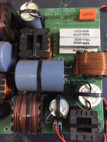 Dois divisores de frequência 800w para dois falantes de 15 e driver - Foto 6