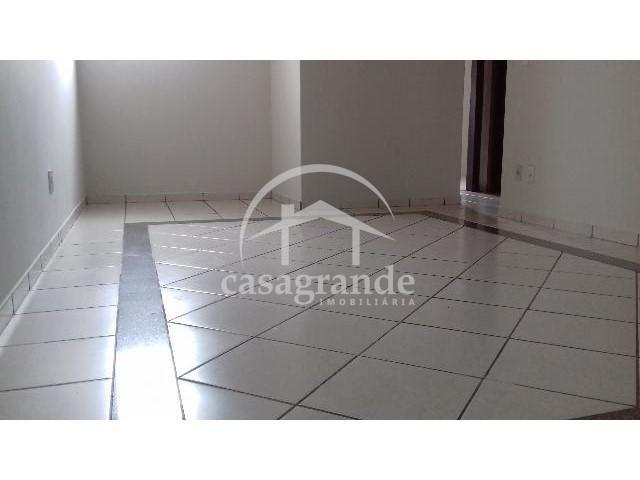 Apartamento para alugar com 3 dormitórios em Umuarama, Uberlandia cod:10 - Foto 14