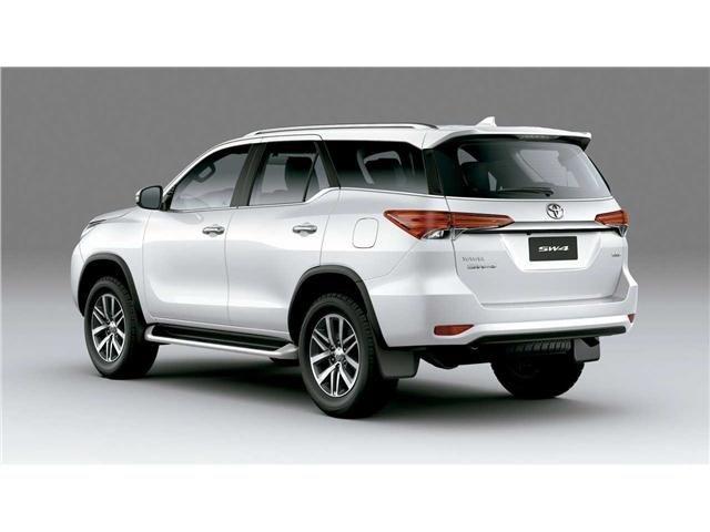 Toyota Hilux sw4 2021 2.8 d-4d turbo diesel srx 7l 4x4 automático - Foto 2