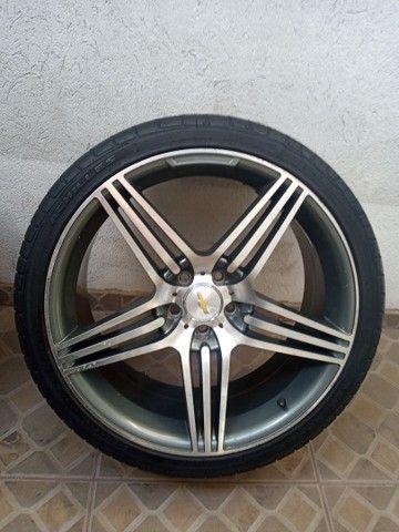 Rodas aro 20 com pneus meia vida  - Foto 4