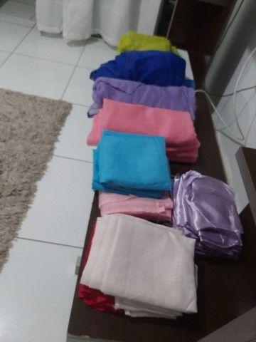 Vende.se   tecidos pra decoração (failete.cetim e malha) - Foto 2