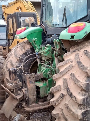 Trator Agricola John Deere 6145j 4x4 2014 . - Foto 3