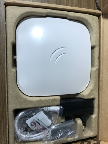 Access Point Indoor Mikrotik Routerboard Cap Ac Rbcapgi-5acd2nd Branco