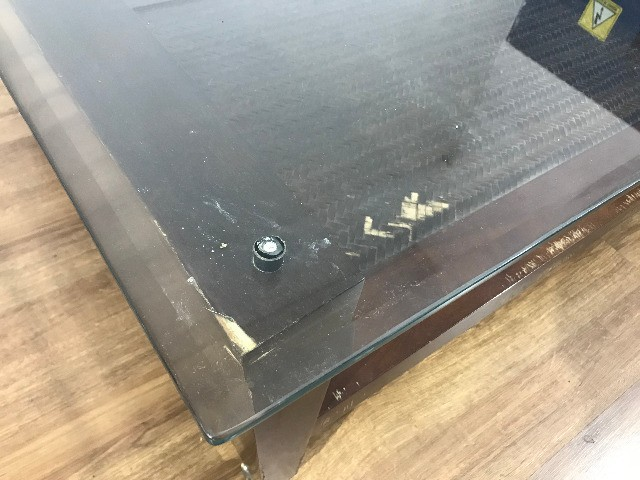 Mesa de Centro com Tampo de Vidro - Foto 4