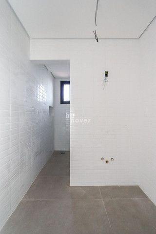 Apto 2 Dormitórios com 2 Suítes e Elevador em Camobi - Foto 15