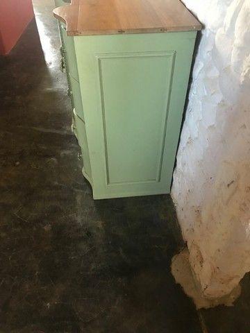 Lindo gabinete antigo de banheiro - Foto 2