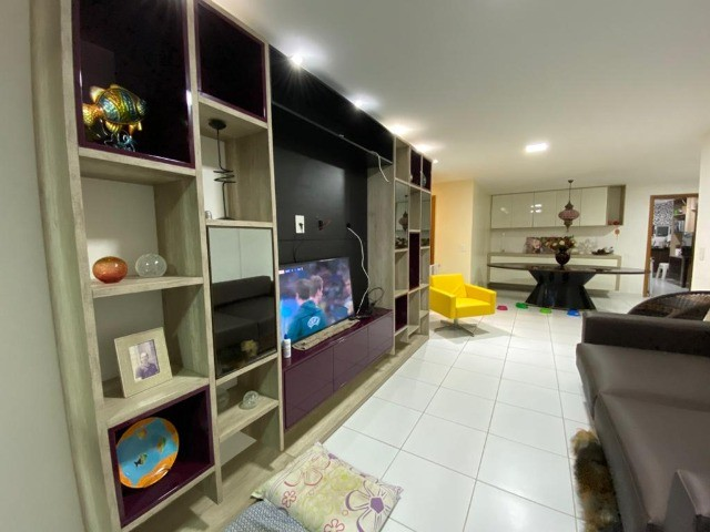 Apartamento 4 quartos 4 suítes no Farol