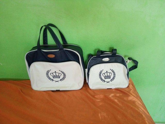 Conjunto de bolsas para bebê. R$ 100,00 em 12 vezes.