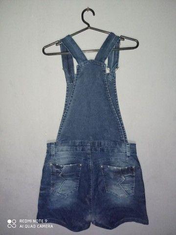 Jardineira jeans - Foto 2