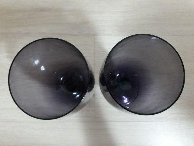 Dois copos de vidro lilás - Foto 2