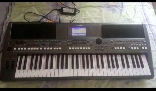 Teclado Yamaha s670  - Foto 4