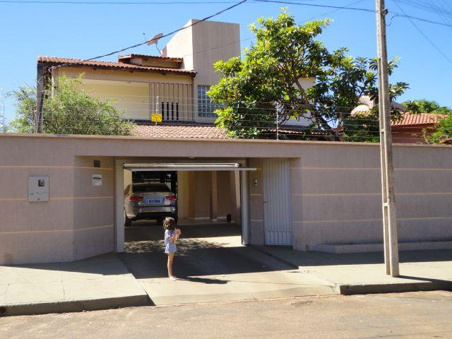 Sobrado c/308,12m2-Em frente Shopping Capim Dourado- Aceita imovel < valor em Palmas ou RS