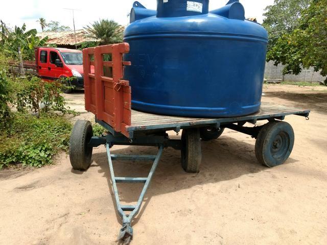 Reboque 5 toneladas para trator com tanque de 5.000L