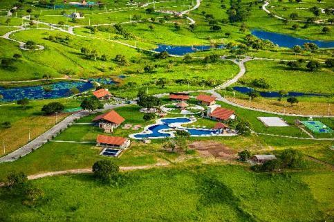 Condomínio Lagos Country e Resort - Qd 33 Lt03- Oportunidade única