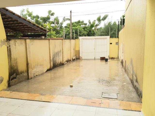 Casa para venda possui 130 metros quadrados e 3 quartos em Lagoa Redonda - Fortaleza - CE - Foto 4