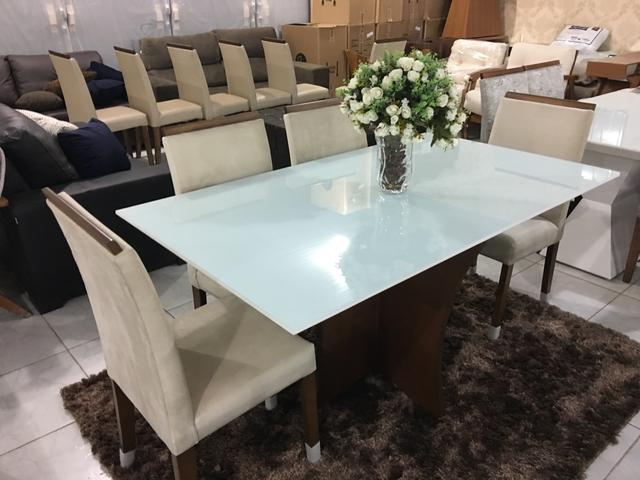 Mesa REAL seis cadeiras de madeira e pintura laka luxo