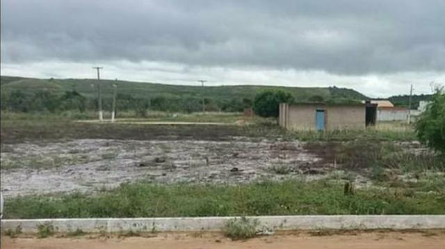 VENDO OU TROCO terreno na Barra de São Miguel - Foto 4