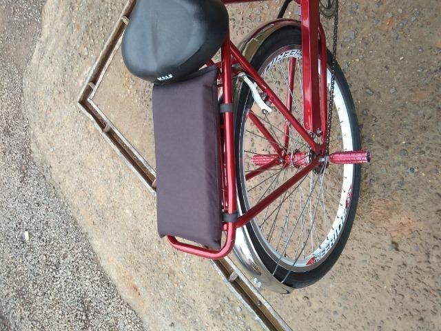 Bicicleta Monark inteira