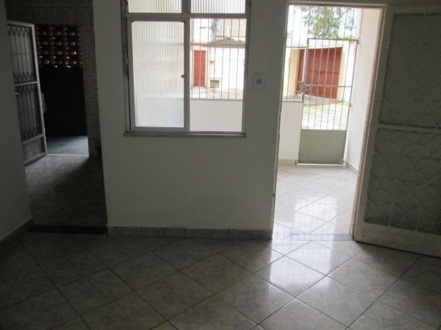 Ótima Casa Linear com 2 Quartos e Terraço em Guadalupe - Foto 9