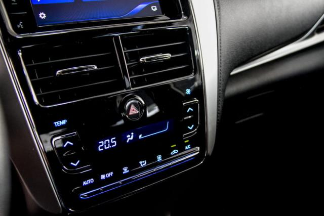 TOYOTA YARIS HATCH XL PLUS AT 19/20 - Foto 11