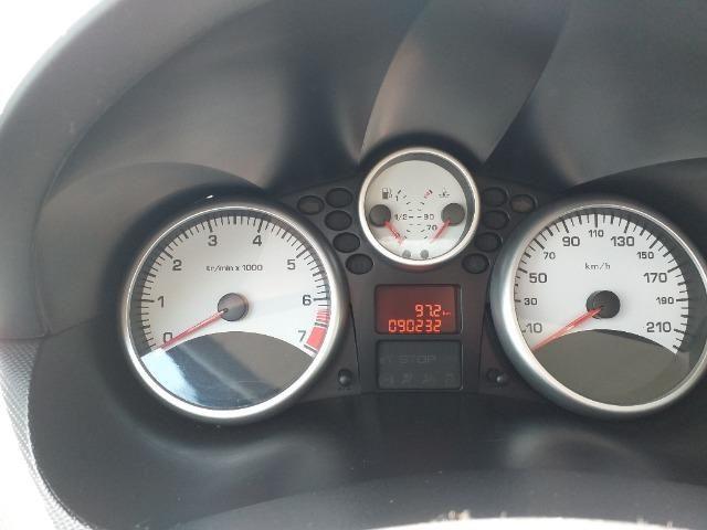 Peugeot 207 SW Escapade - 1.6 - 16 V - Flex - 2010 - Foto 7