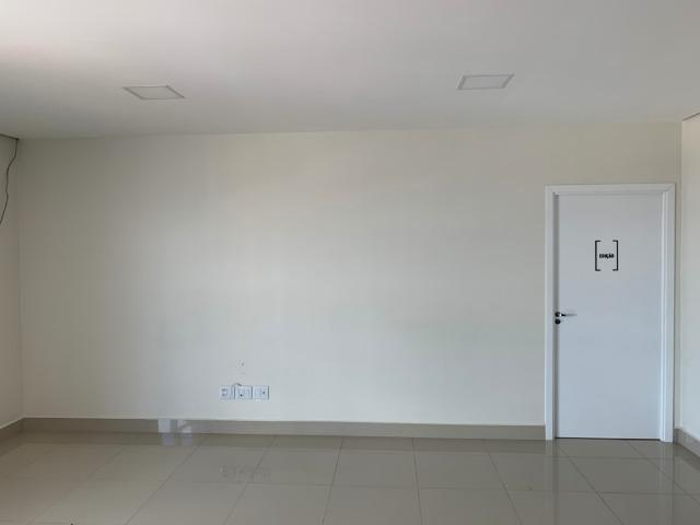 Sala Comercial Condominio Empresarial Win Tower - 80m2 - Arapongas PR - Foto 3
