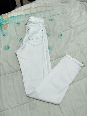 Calça jeans branca tam: 38 Cós alto, R$20 - Foto 2