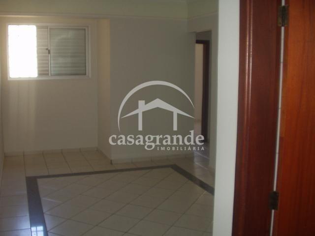 Apartamento para alugar com 3 dormitórios em Umuarama, Uberlandia cod:10 - Foto 2