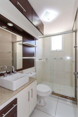 Apartamento 2 Dormitórios, Elevador, Garagem - N. S. Lourdes, Santa Maria - Foto 13