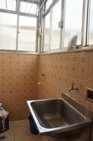 Apartamento Rua Miguel de Frias ao lado Colégio São Vicente - Foto 13