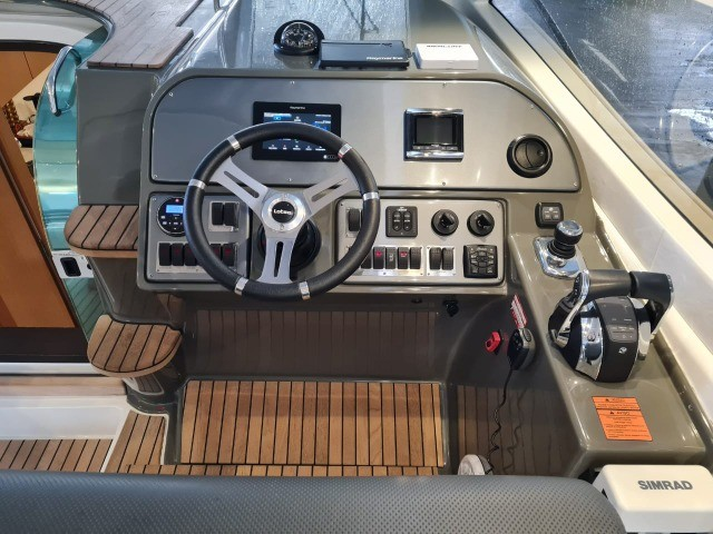 Lancha Phantom 37,5 Hard top , ano 2018, barco impecável. - Foto 13
