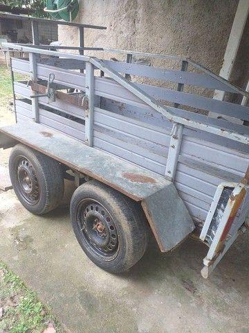 Vendo carrocia com 2 eixo toda documentada  - Foto 3