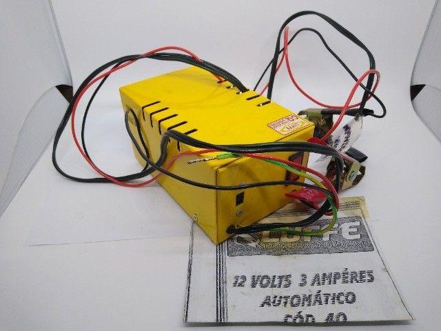 Carregador de Bateria Luffe 12v 3Ah - Foto 3