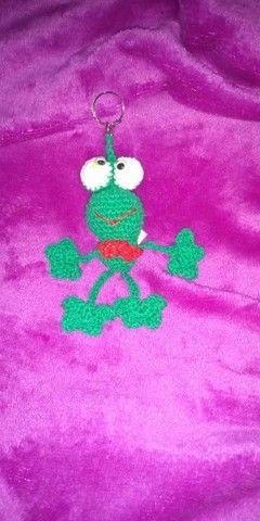 dinossauro, bailarina, sapinho, chaveiros, artesanato em amigurumi - Foto 5